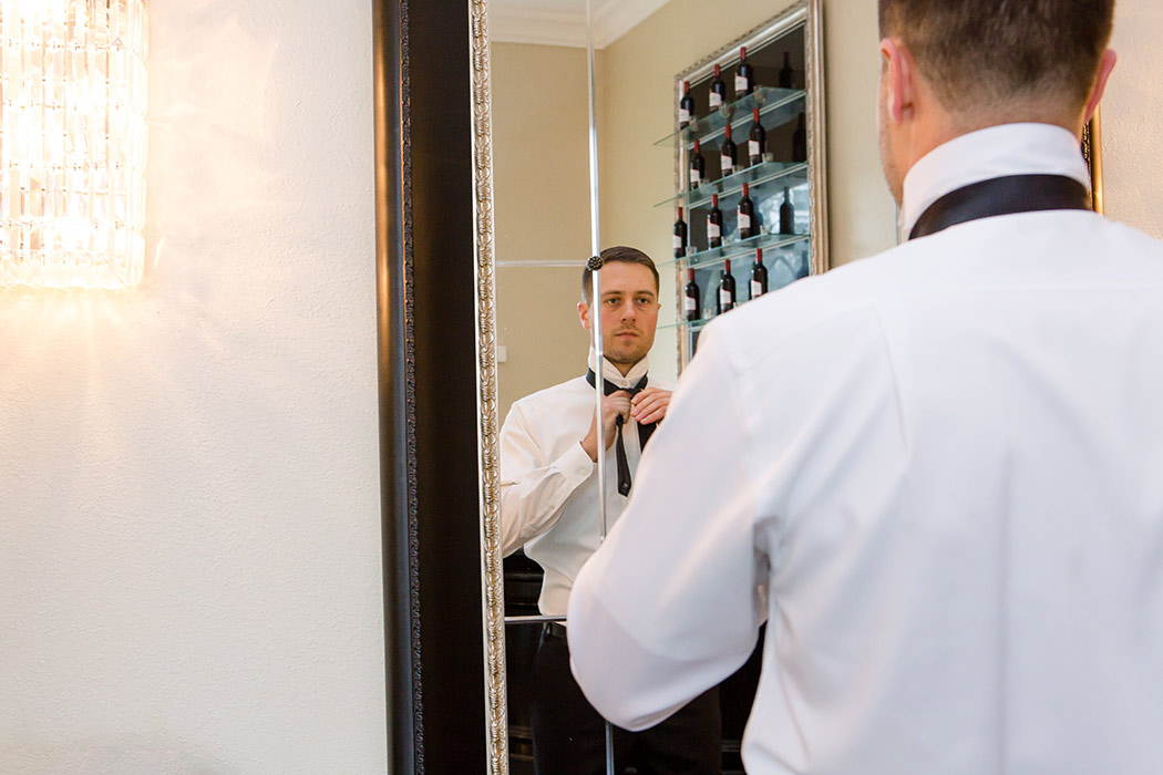 Tips For Better Getting Ready Wedding Photos