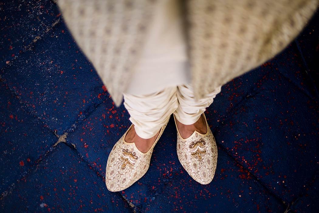 indian grooms gold wedding shoes for bahia mar south florida wedding