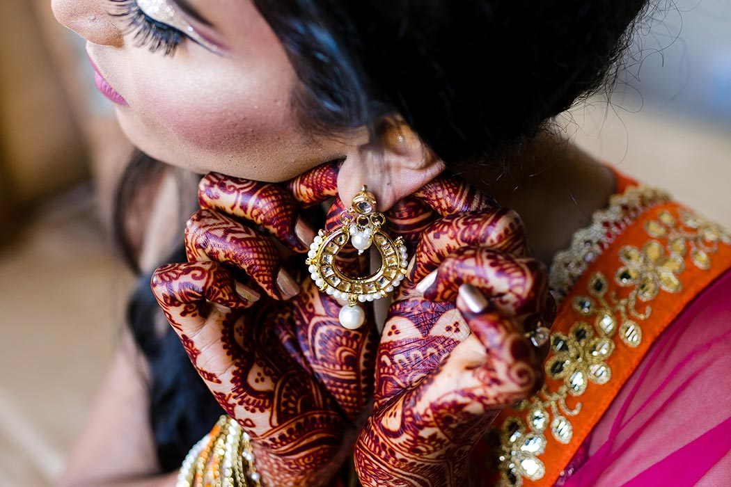 south indian bride getting ready for her south florida wedding