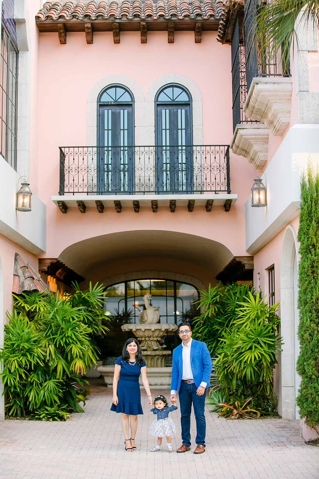 unique location in fort lauderdale for family photography session